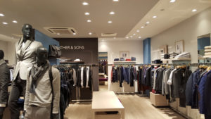 un magasin Father & Sons